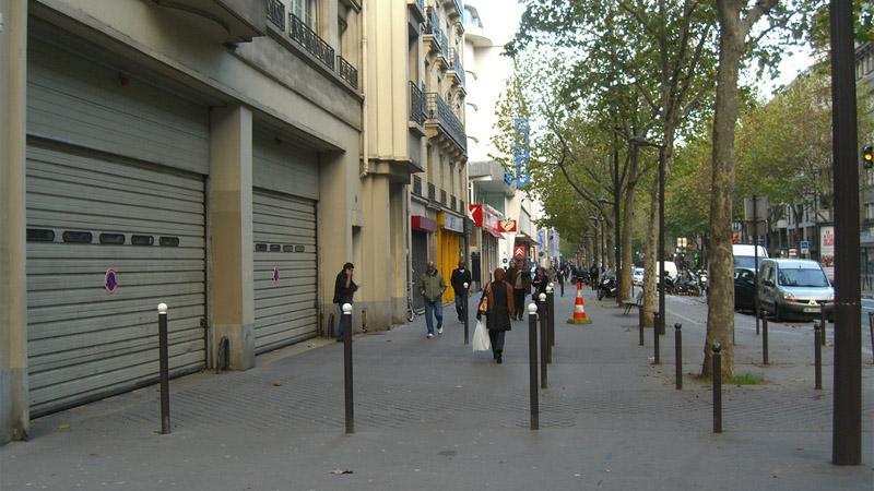 Parking entrance at Avenue Jean Jaures in Paris