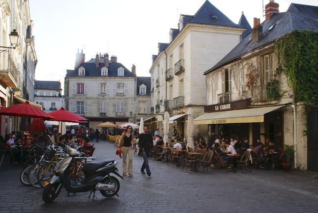 Уличные кафе