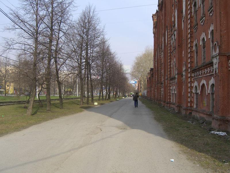 Пешеходная зона около мельницы Борчанинова