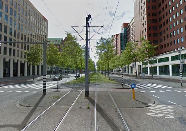 Трамвайная улица в Роттердаме