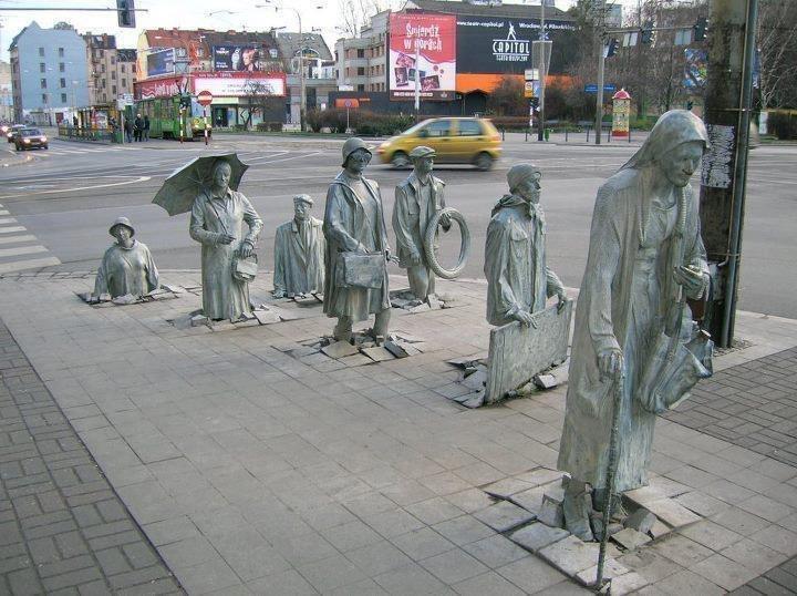 Памятник подземному переходу