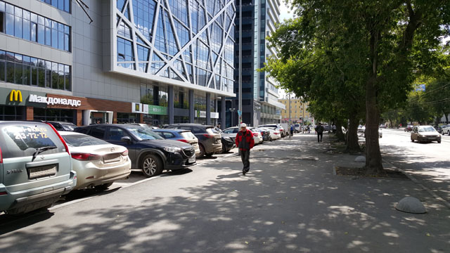 "Улица 8 Марта в районе БЦ ""Арена"""