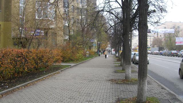 Тротуар на улице Луначарского