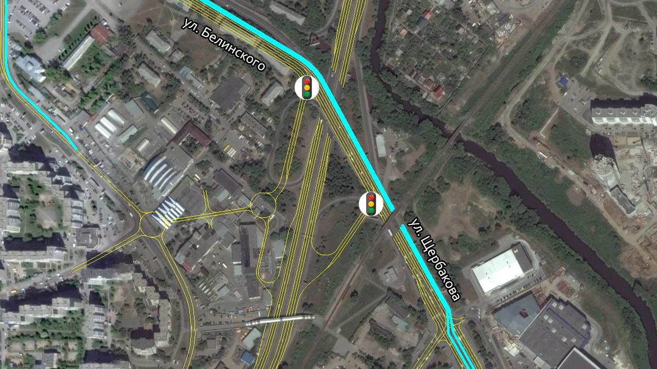 Неполный клевер на развязке Объездная-Белинского. Выделенные полосы