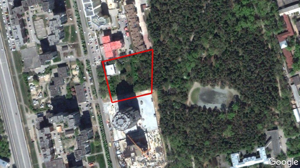 Участок клиники УГМК до начала строительства. Заметьте, что раньше Зеленая Роща заходила и на этот участок. Но в ходе строительства все деревья были вырублены.